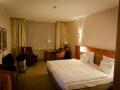 2015-Zimmer-3032-Hilton-Airport-Hotel-Muenchen-02.jpg