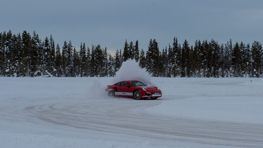 2015-Finnland-Kittila-Porsche-01